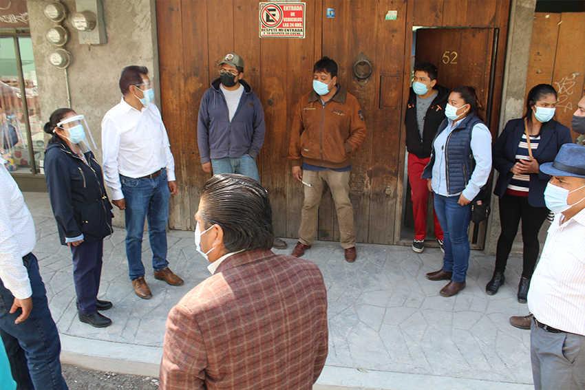 Avanza la obra de adoquinamiento en la calle defensores de la república, San Nioclas, SPM