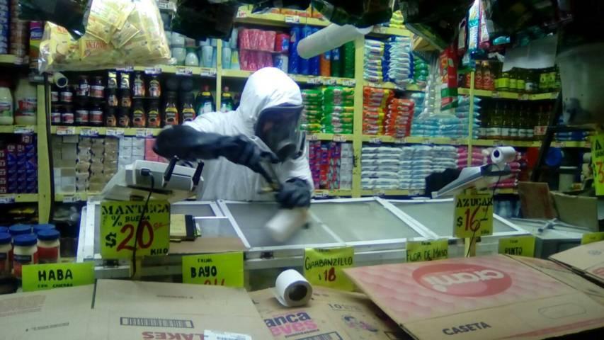 Ayuntamiento implementa acciones de control de plagas en el mercado