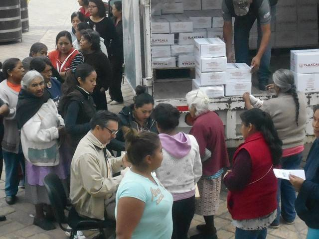 Distribuye DIF de Lardizábal despensas a familias vulnerables