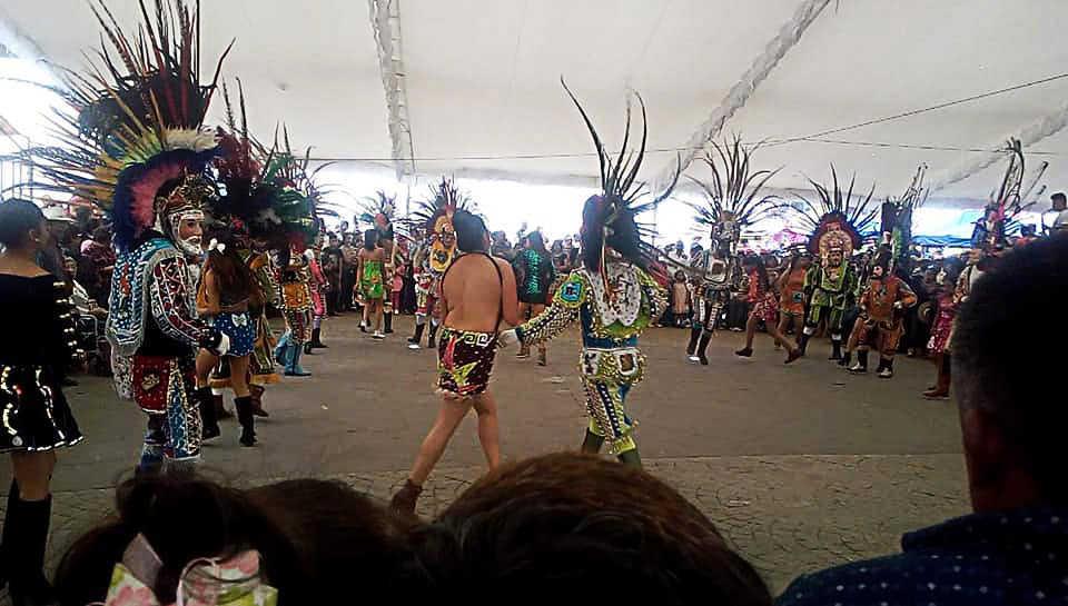 El proyecto Creando Penachos busca la preservación de los atuendos de carnaval