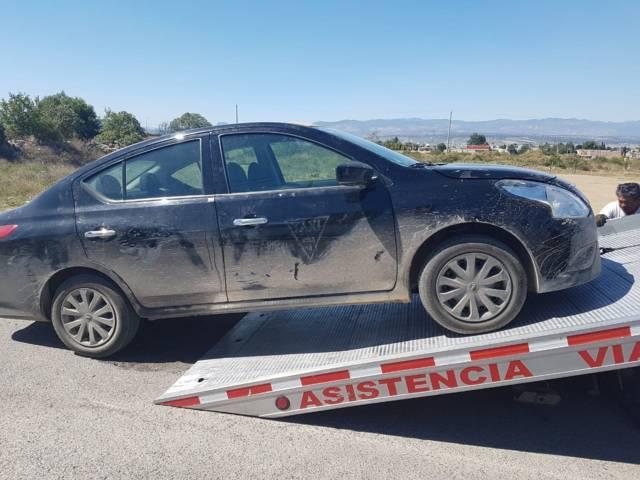 Policía municipal logran detener a presunto ladrón de taxi de Puebla