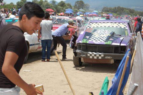Suspenden carrera de carcachas en su categoría Ford 302
