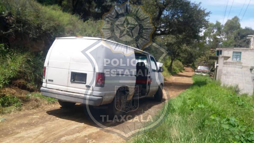 En Ixtacuixtla, la CES asegura un vehículo con bidones