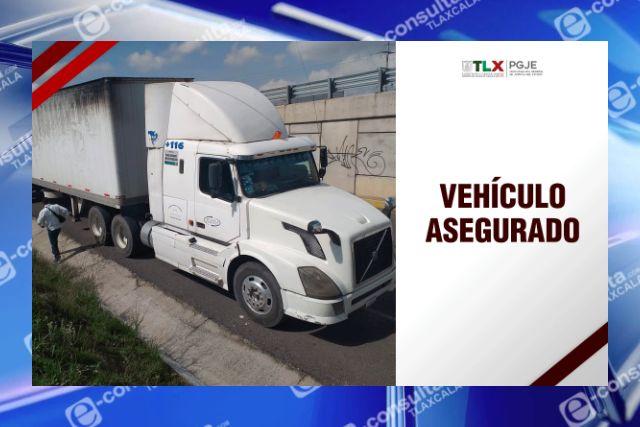 Recupera PGJE tractocamión con reporte de robo en Puebla