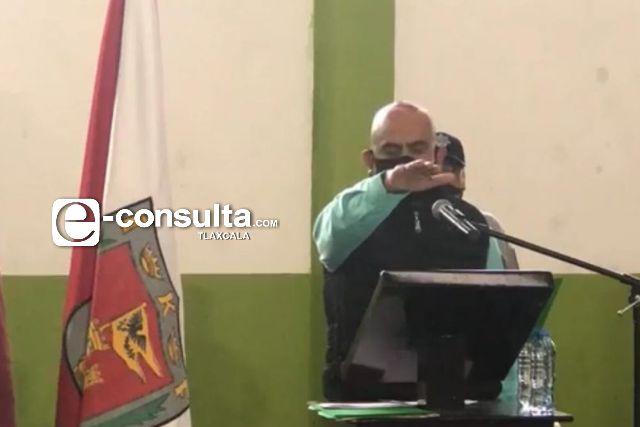 Revienta conflicto en Amaxac, alcalde lo tachan de inepto y ventajoso