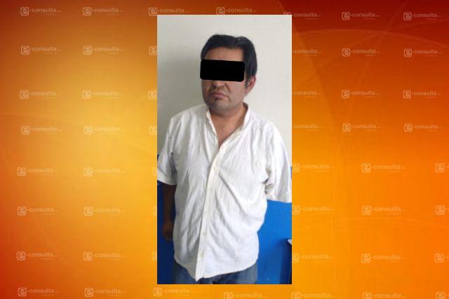 Policías de Chiautempan detienen a extorsionador de supuestos programas federales