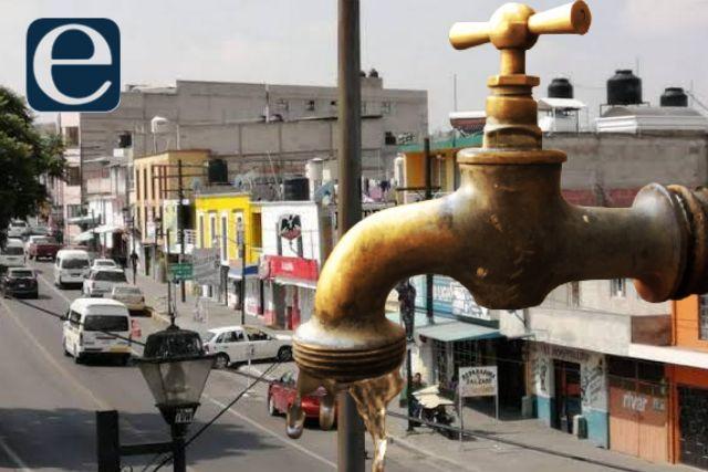 Los dejan sin agua por transas del delegado de la Adolfo López Mateos
