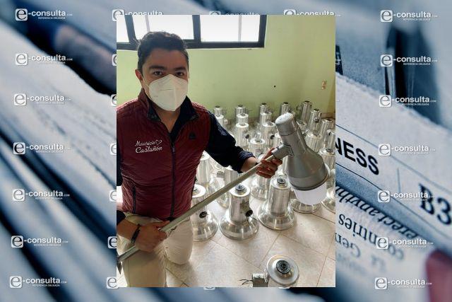 Mau Castañón quiere iluminar a Amaxac y gestiona luminarias