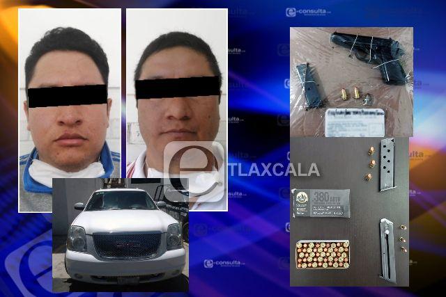 Detienen en la Magdalena Tlaltelulco a dos personas con armas de fuego