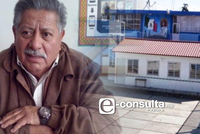 Don Cheto duerme y delincuentes asaltan primaria en Contla