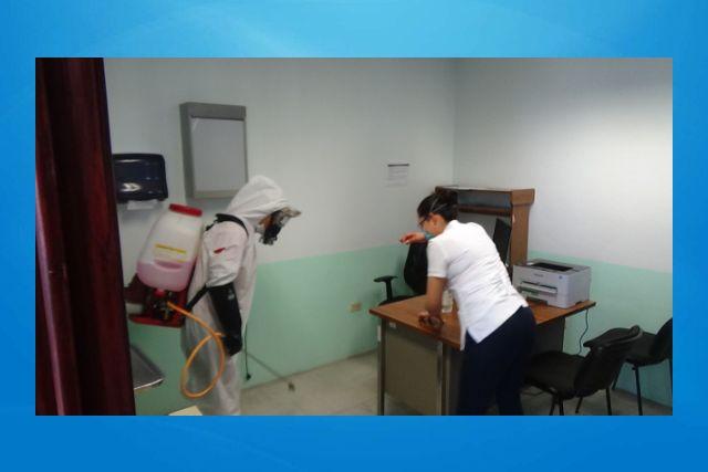 Realizan sanitización el centro de salud de Villa Vicente Guerrero San Pablo del Monte