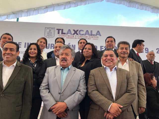 Alcalde de Ixtacuixtla acude como testigo de honor al inicio del ciclo escolar 2019-2020