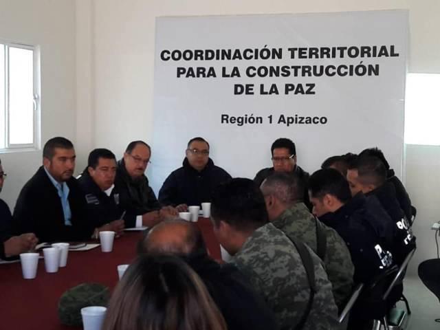 Reunión en el C2 para fortalecer la seguridad en Tzompantepec