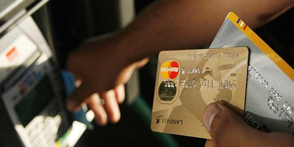 Antes de contratar, conoce las comisiones de tu tarjeta de crédito