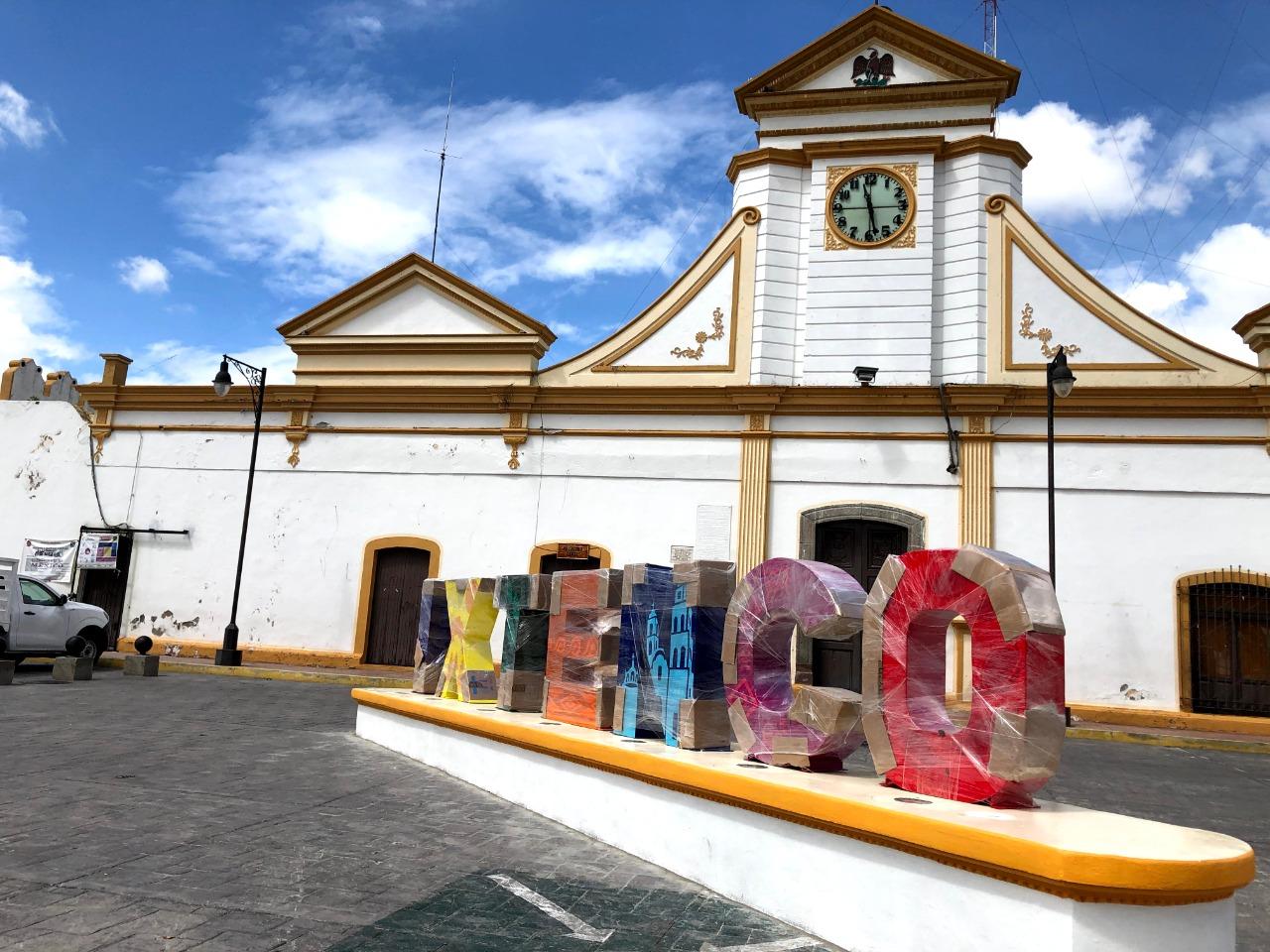 Llegan las letras Monumentales a Ixtenco