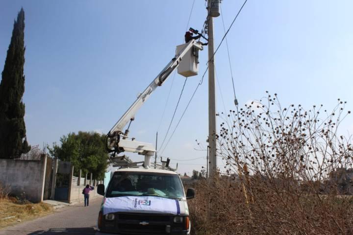 Con el cambio de luminarias mejoramos el servicio y reducimos costos: alcalde