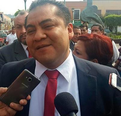 Ocuparon presidentes de comunidad 70% de recursos para sus salarios: Domínguez Rugerio