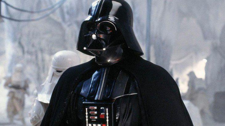Subastan disfraz de Darth Vader por 2 millones de dólares