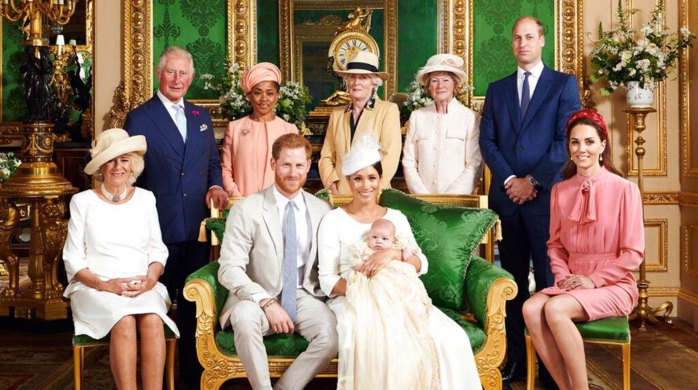 Reprueban comportamiento del príncipe William  en el bautizo del bebé Archie