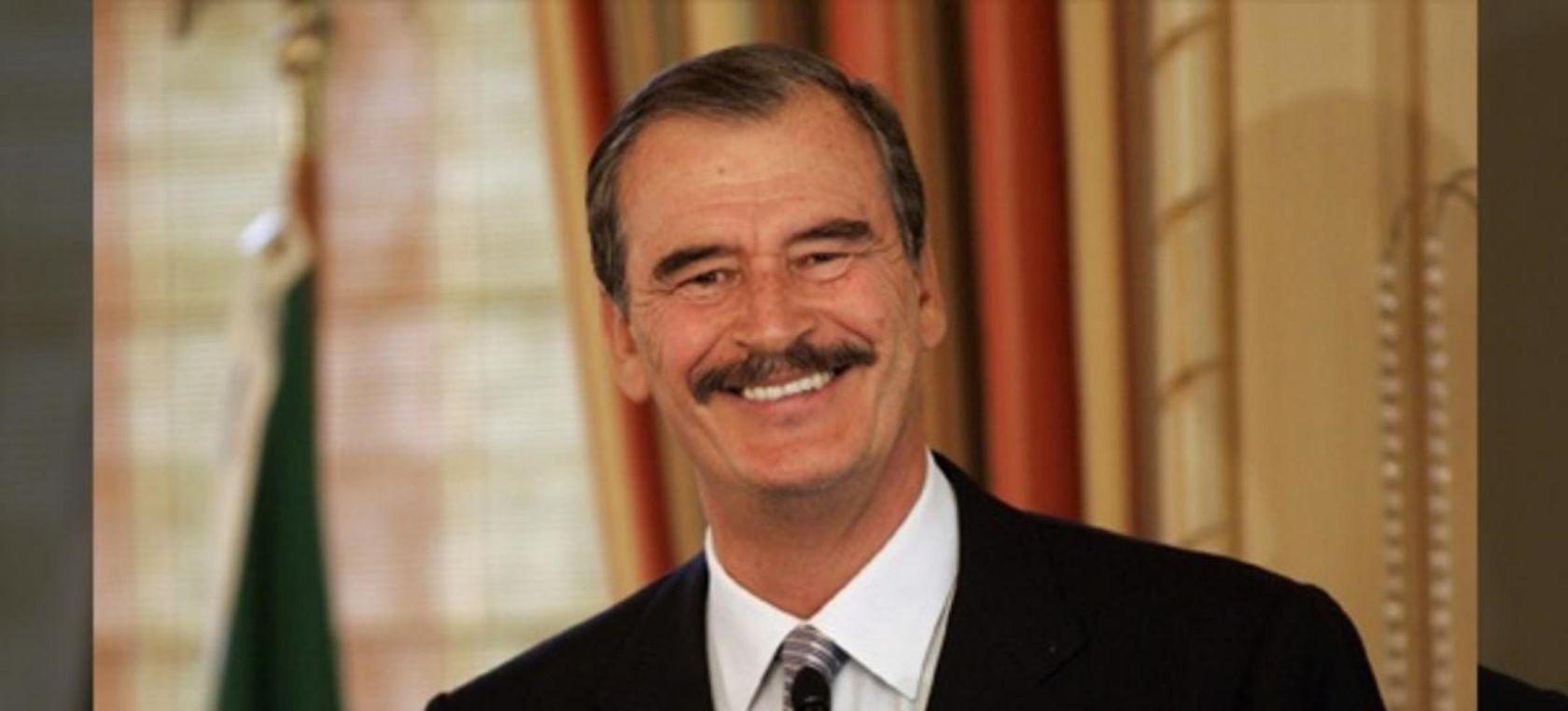Vicente Fox desesperado,ardido y desmochado por la  pensión que le quitaron de México