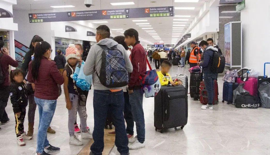 Emiten alerta a turistas mexicanos que tengan planeado viajar a EU por brote de virus