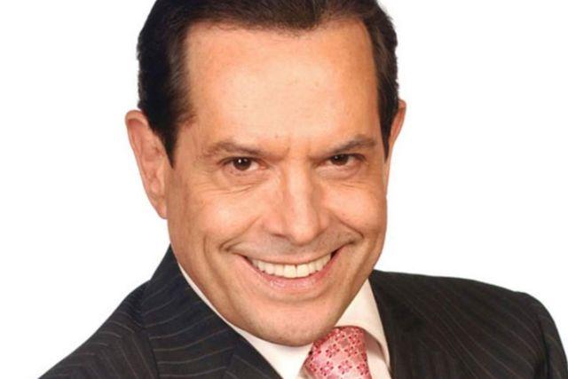 Origel presume nuevo trabajo durante la cuarentena y pone en duda su trabajo en Televisa