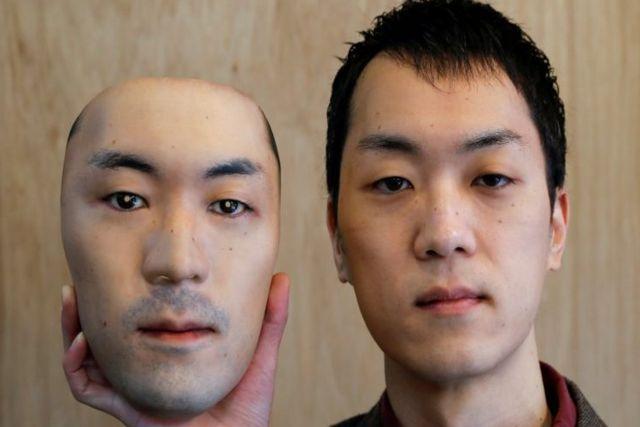 Crean en Japón mascarillas hiperrealistas que permiten usar el rostro de otra persona