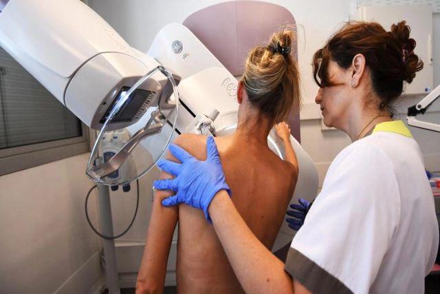 Vacuna vs Covid causa miedo innecesario tras detectar en mamografías hinchazón: Radiólogo