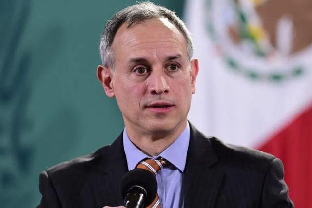 Exigen a López-Gatell sea encarcelado por no usar cubrebocas teniendo Covid
