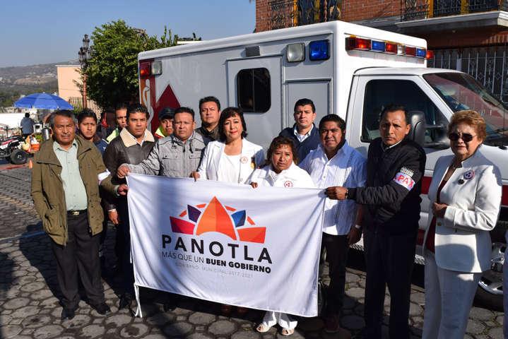 Entrega Alcalde de Panotla ambulancia para reforzar acciones de Protección Civil