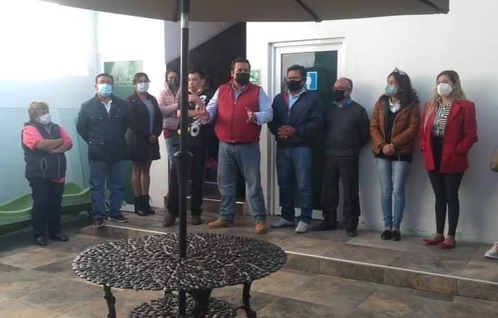 Rivera Mora exhorta a su gabinete a cerra filas ante el Covid; garantiza prestaciones