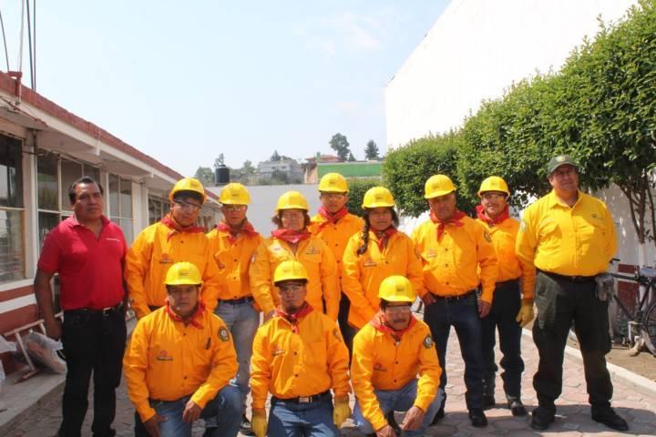 Ayuntamiento y Conafor dotan herramientas contra incendio a Brigadistas Rurales