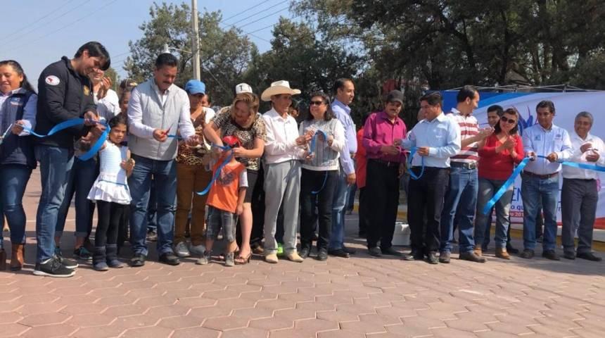Pavimentando la 18 de enero trae más desarrollo al municipio: FVC