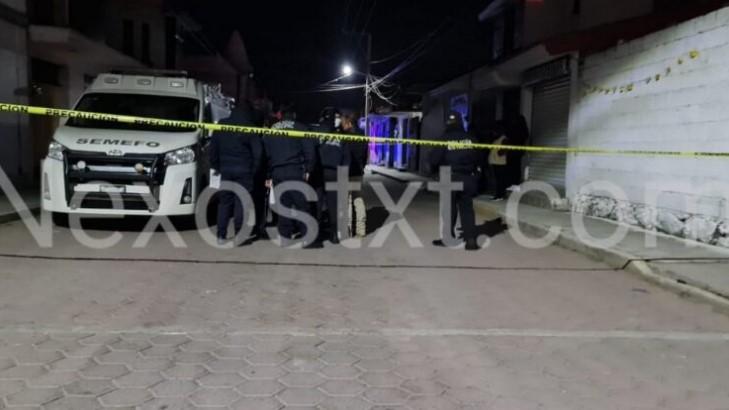 Muere motociclista al chocar contra una barda, en Nativitas