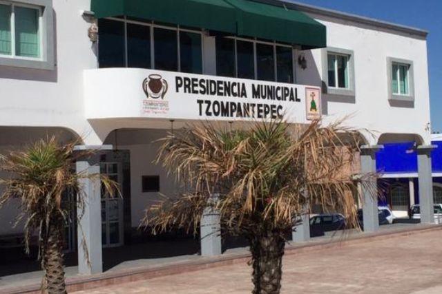 Clausuran pozo de agua en Tzompantepec por no contar con los permisos