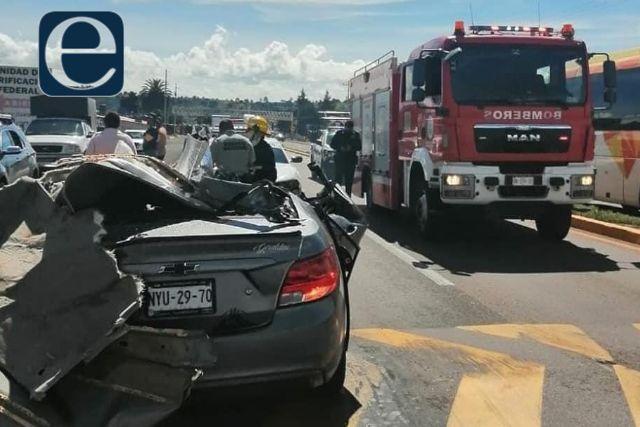 Mueren seis personas en fatal accidente en Calpulalpan; vehículo se quedó sin frenos