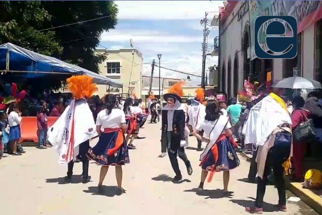 Cerca de 200 personas han contraído Covid en Tlaltelulco; feria a todo lo que da