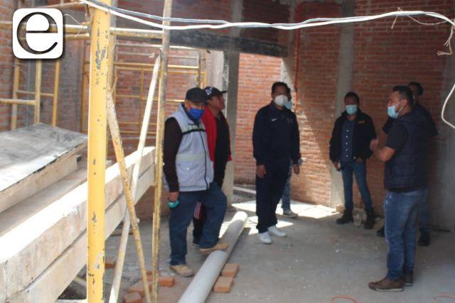 Cutberto Cano supervisa avances de la nueva unidad básica de rehabilitación SPM