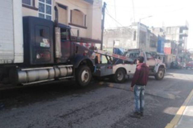 Policía de SPM recupera dos vehículos, un camión y un tráiler con reporte de robo