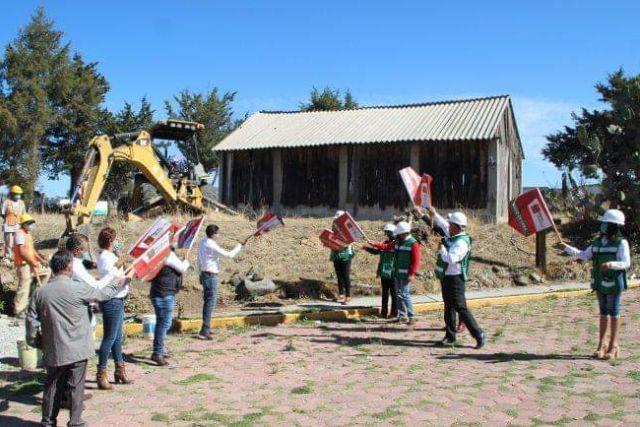 Atlangatepec se transforma, inicia construcción del DIF municipal