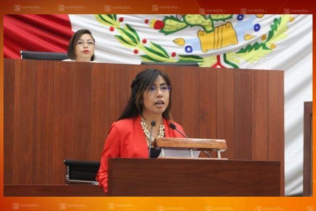 María Félix traicionó a sus compañeros de partido y ahora pide legalidad