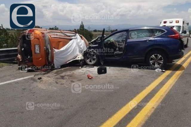 Encontronazo entre dos camionetas deja como saldo cinco muertos