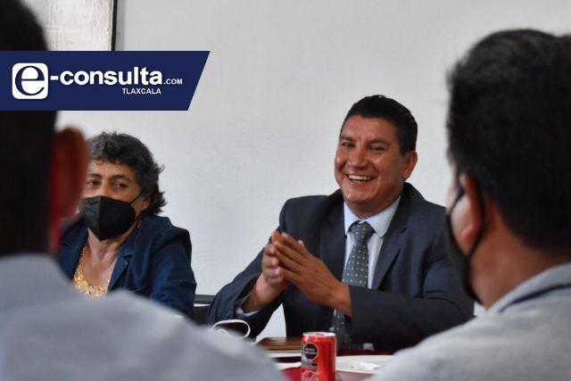 Edil de Nativitas Oscar Murias pide licencia; va por la diputación del distrito 14