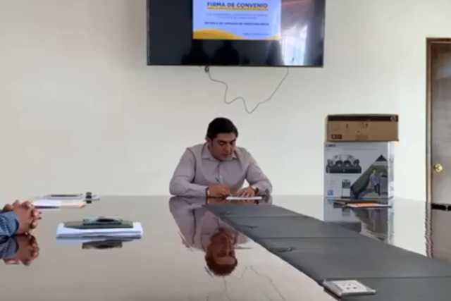 Edil de Totolac ofrece trabajo conjunto con los comerciantes de la región