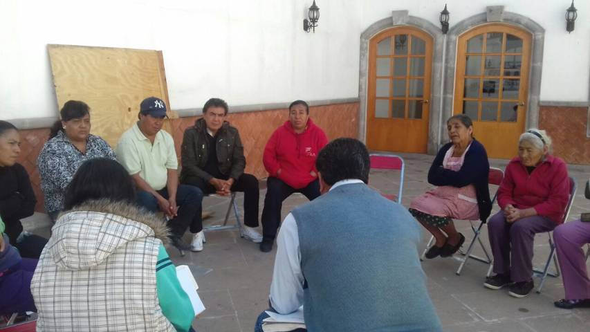 Inician ciudadanos de Texóloc nuevo curso de huertos familiares