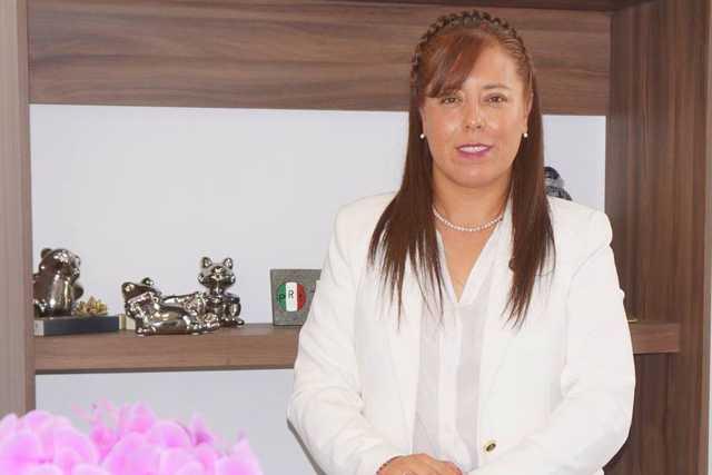 Retirar colores partidistas en ayuntamientos generará ahorros: Zonia Montiel