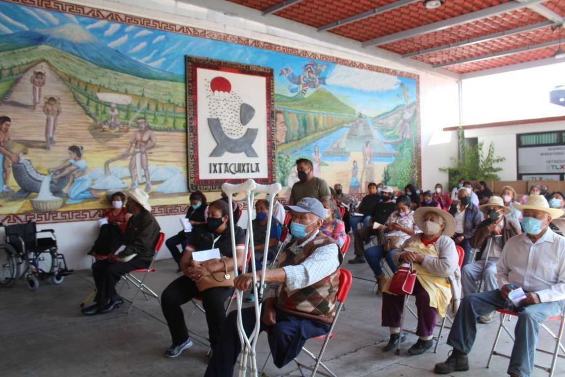En Ixtacuixtla entregan más de 70 aparatos funcionales