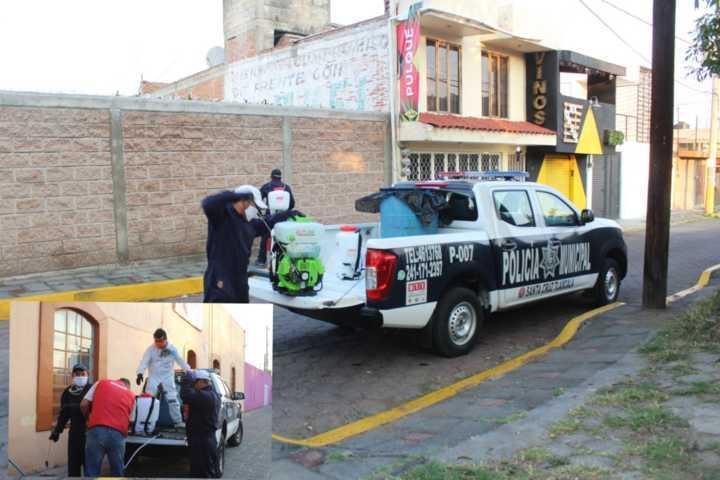 Continua sanitización en Santa Cruz Tlaxcala y San Lucas Tlacochcalco