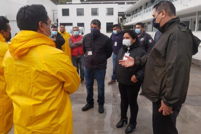 Atiende CEPC reporte de caída de barda por lluvia en la capital