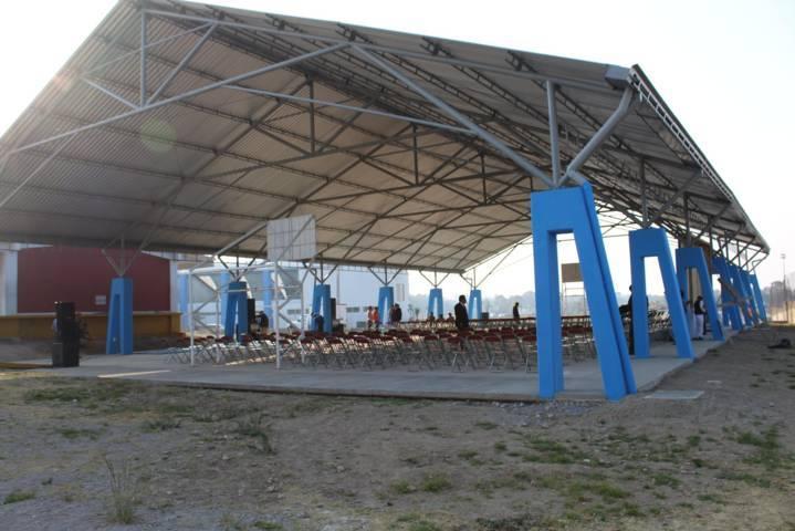 Alcalde mejora la infraestructura educativa de la técnica 52 del barrio del Cristo